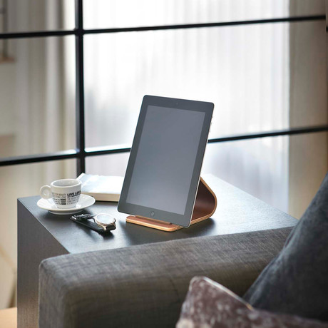 Rin // Tablet Stand (Brown)