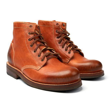 Irving Lace-Up Boot // Camel