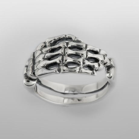 The Hand // Sterling Silver (Size 8)