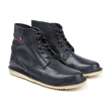 Gando Lace-Up Boot // Black Grey