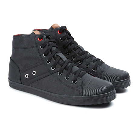 Alden Lace Up Boot // Black