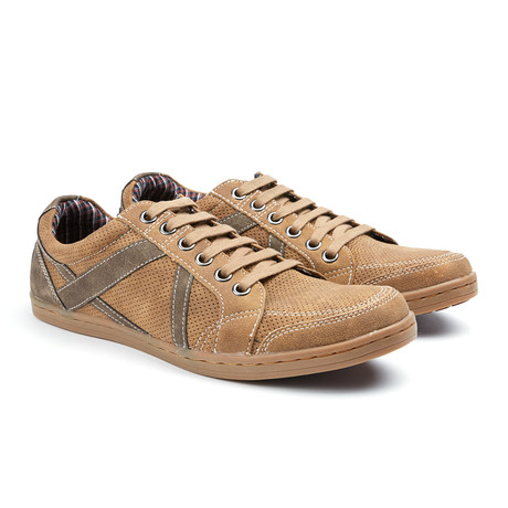 Knox Geperforeerde Sneaker // Tan
