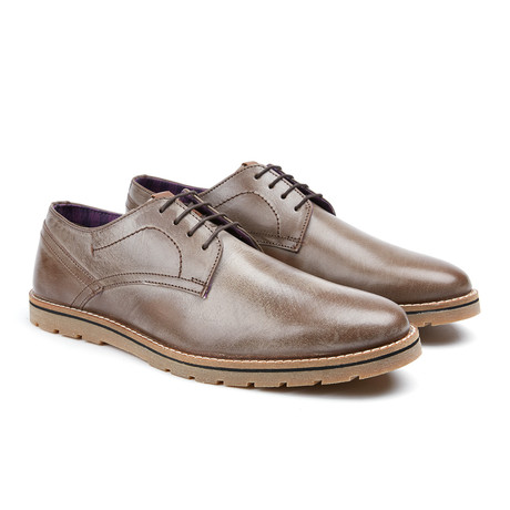 Mickey Plain Toe Oxford // Dark Brown