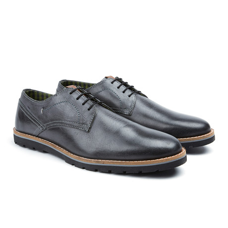 Mickey Plain Toe Oxford // Black