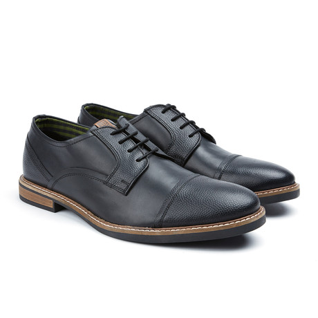 Leon Captoe Oxford // Black