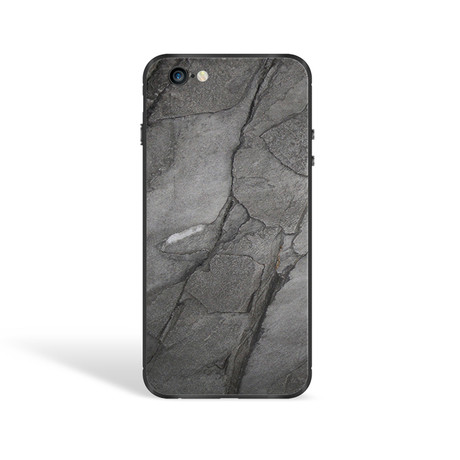 The Mineral Case // Black Impact (iPhone 7)