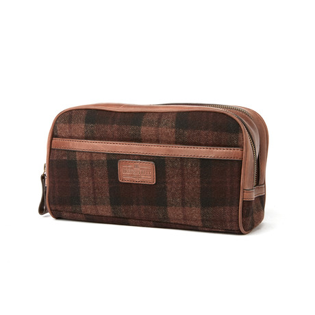 Woodchester Wash Bag // Brown Check