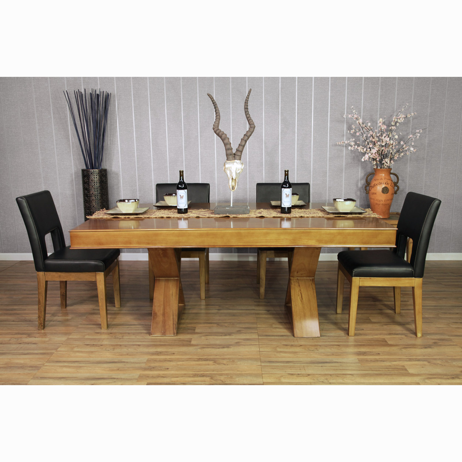 Helmsley Poker Dining Table Red Table 4 Dining Chairs BBO