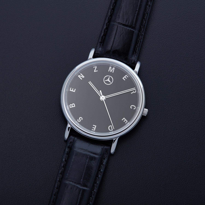 Mercedes benz black dial quartz amht141 mercedes benz for Mercedes benz watch price