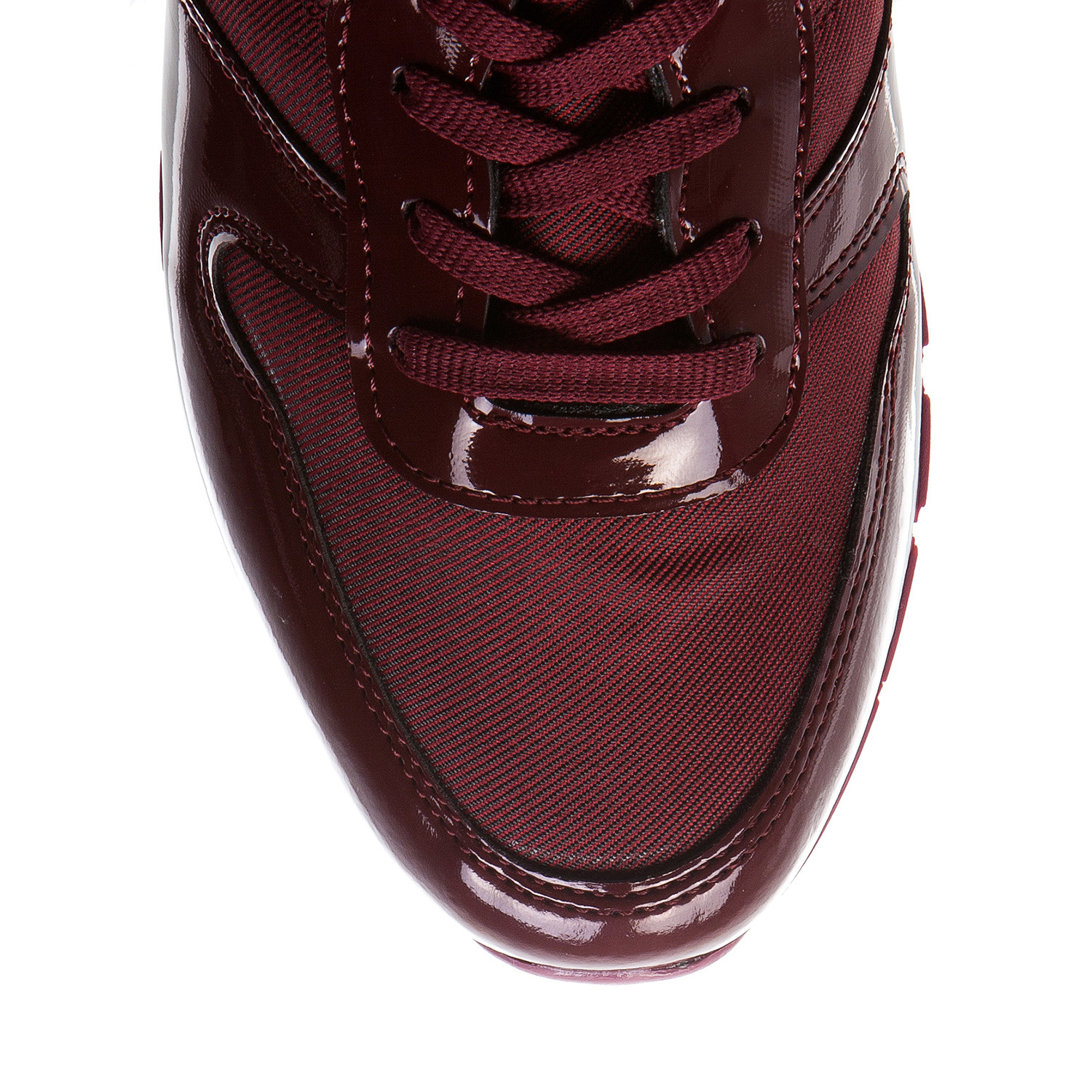 Patent leather classic sneaker bordeaux euro 40 for Discotheque a bordeaux