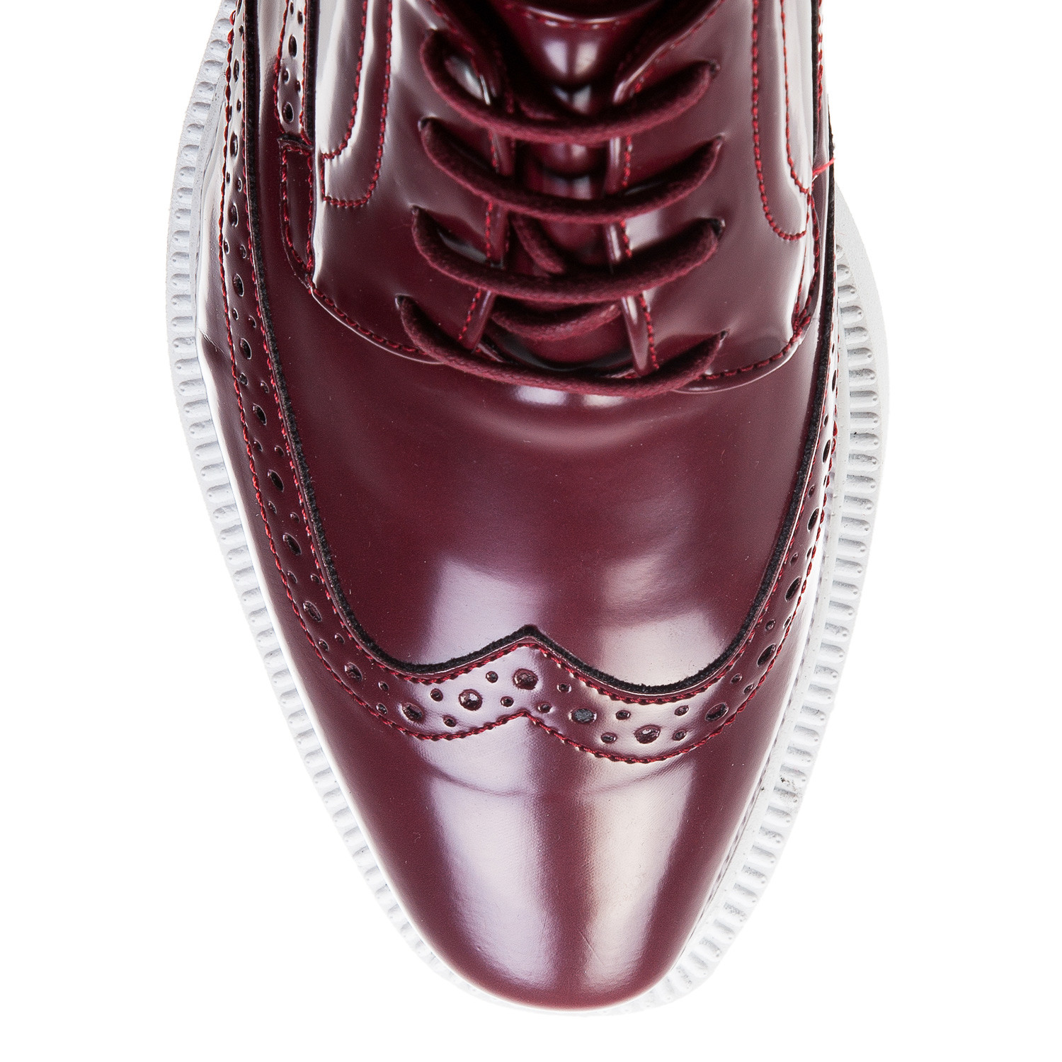 Patent leather oxford sneaker bordeaux white euro for Discotheque a bordeaux
