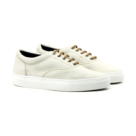 Sport Canvas // Taupe (Euro: 39)