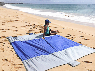 Touch Of Modern - Great Outdoors Outdoor Essentials Wildhorn Outfitters // Sand Escape Beach Blanket (Sea Green) Photo