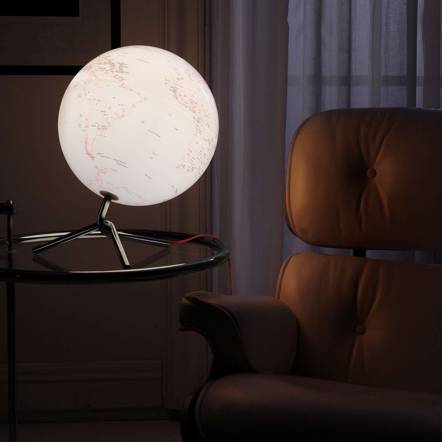 Nodo Illuminating Globe Atmosphere Globes Touch Of Modern