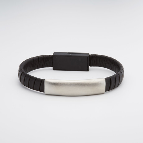Leather Interlocked USB Port Bracelet // Black