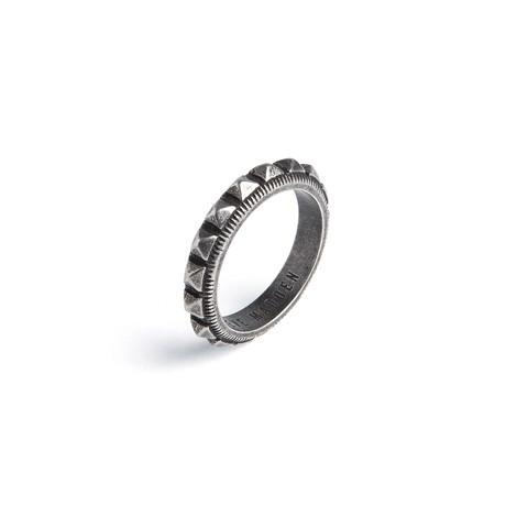 Steve Madden // Studded Band Ring (Size 9)