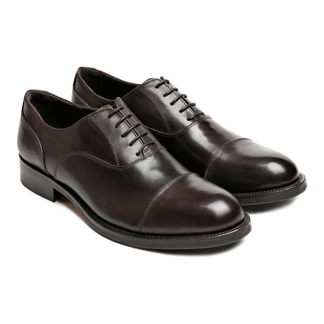 Toe Cap Oxford // Dark Brown