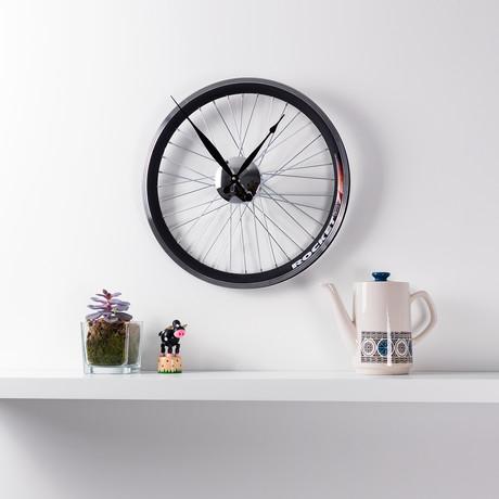 Racing Bike Wheel Clock // 16.5