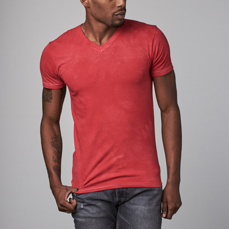 Ultra Soft Hand Dyed V-Neck // Red (S)