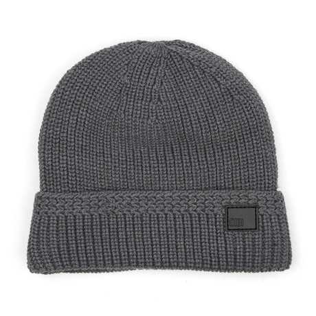 Faux Fur Lined Cable Knit Beanie // Grey