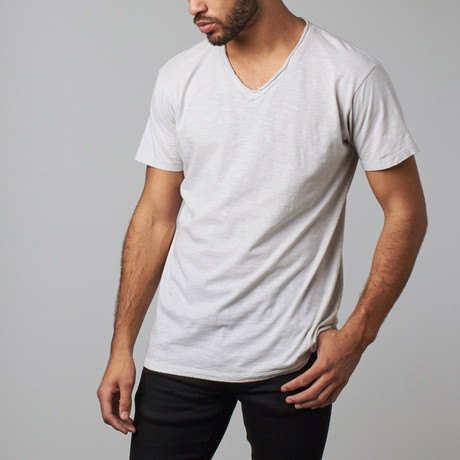Madden V-Neck Tee // Grey