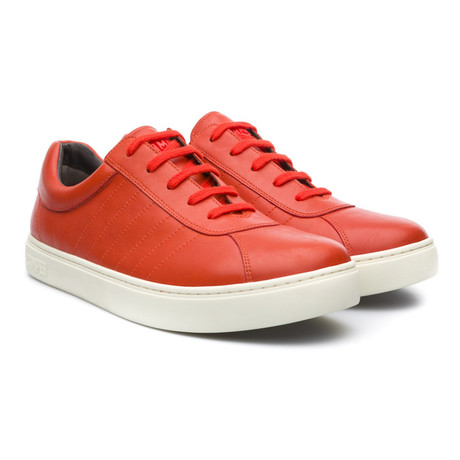 Pelotas 87 Low-Top Sneaker // Orange
