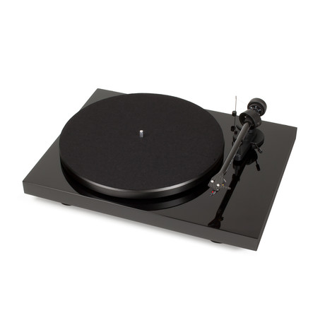 Pro-Ject Debut Carbon DC Turntable // USB Output