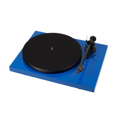 Pro-Ject Debut Carbon DC Turntable (Piano Black)