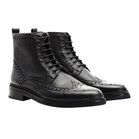 Higham Wingtip Lace-Up Boot // Black