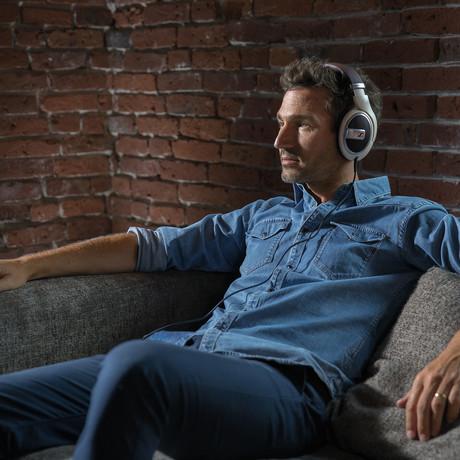 HD599 Around Ear Headphones