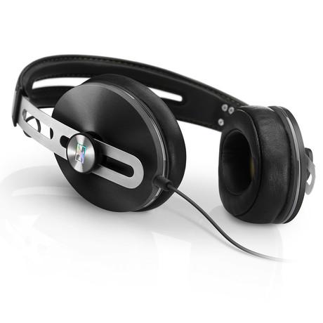 HD1 Over Ear Headphones 2 // Black