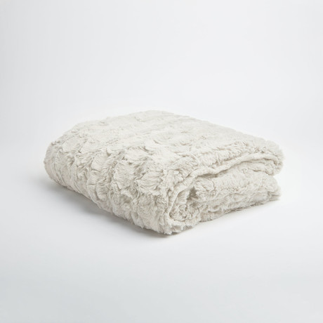 "Contempo Cuddle Fur Throw // Pearl (50""L x 65""W)"