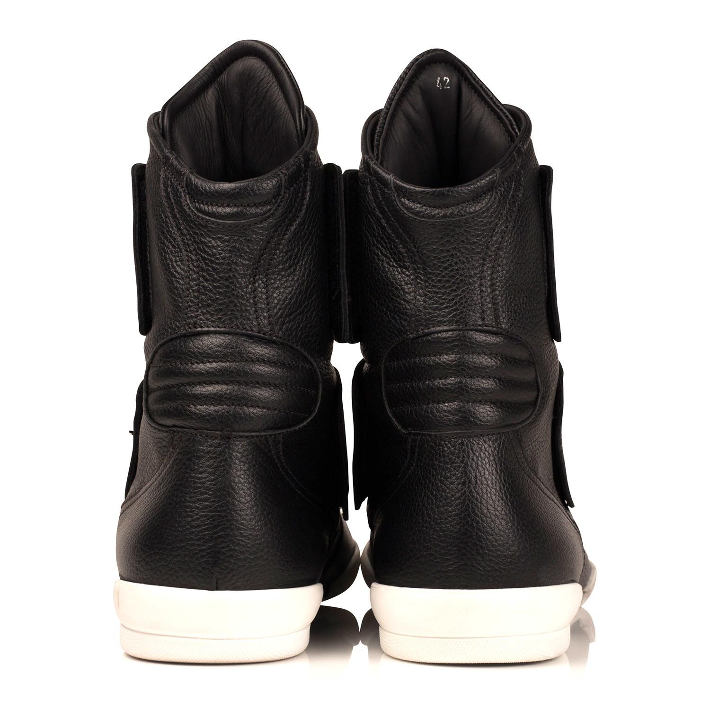 Gizzo Ultra High-Top Sneaker // Black