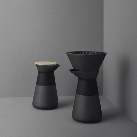 Theo // Coffee Maker (Black)