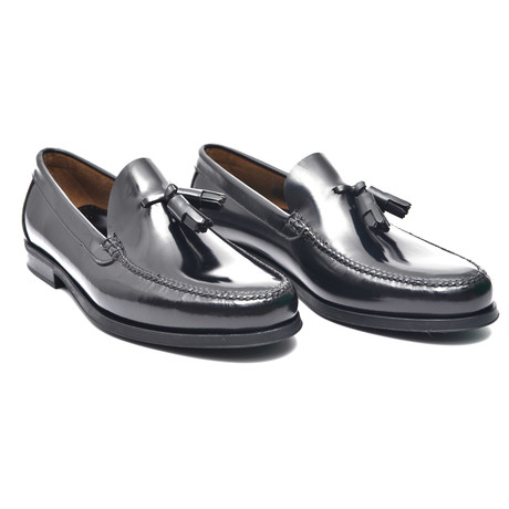 Rubber Sole Tassel Loafer // Black