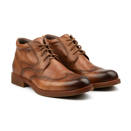 Classic Wing-Tip Boot // Tobacco
