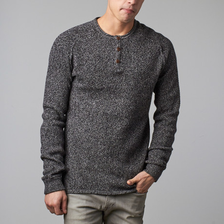 Alden Sweater Henley // Black