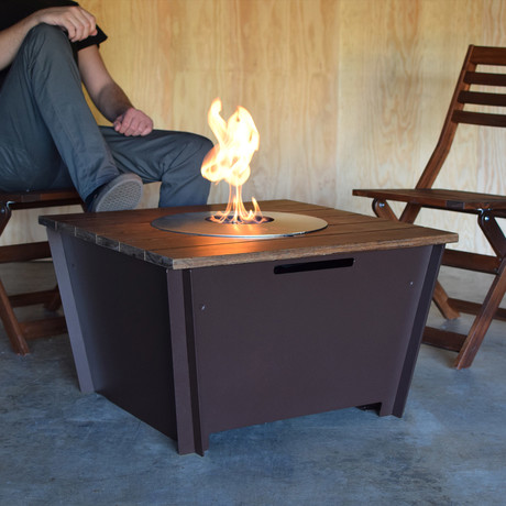 Groovebox outdoor fire pits tables touch of modern for Concreteworks fire table