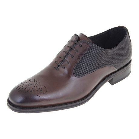 Textured Cap-Toe Oxford // Brown (Euro: 40)
