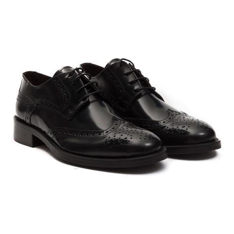 Moncenisio Wingtip Dress Shoe // Nero