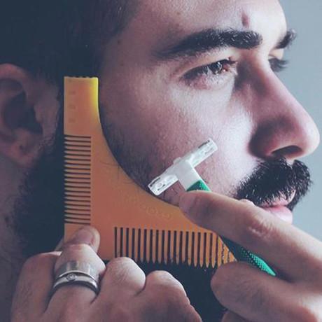 Groomarang + Beard Catcher Set