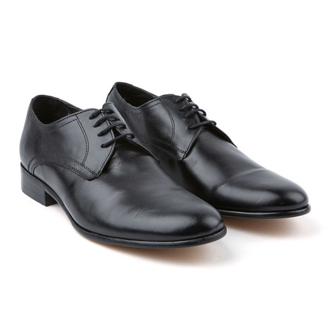 Plain Toe Dress Shoe // Black (US: 6)