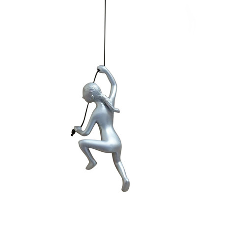 Climbing Woman // Position 4 (Red)