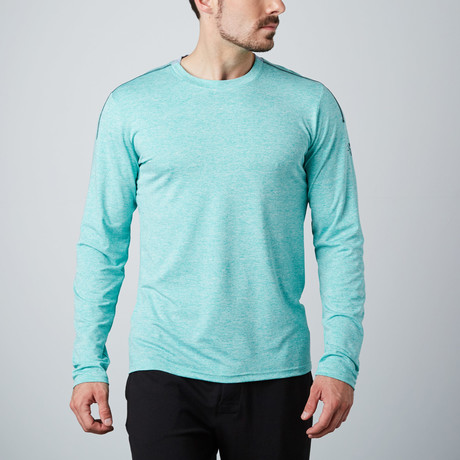 Venture Fitness Tech Long-Sleeve T-Shirt // Green