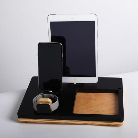 TRAY Triple Dock // Black!