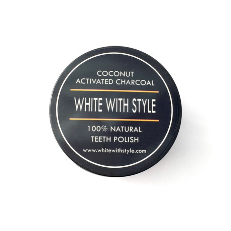 Coconut Activated Charcoal // Teeth Polisher + Whitener