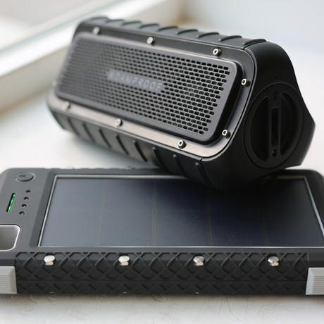 MacroBoom IP67 Solar Bluetooth Speaker