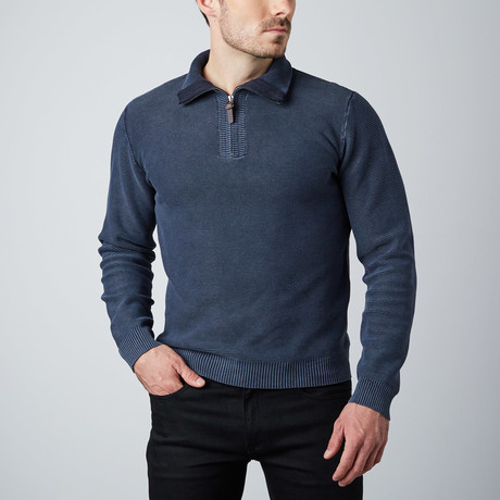 Long-Sleeve 1/4 Zip Sweater // Navy