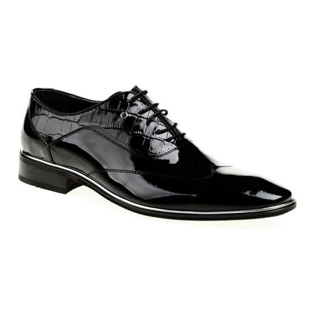 Patent Leather Croco Dress Shoe // Black