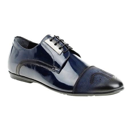 Medallion Dress Shoe // Dark Blue